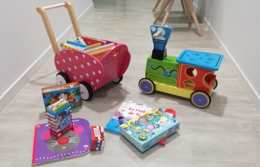 Jeux et jouets offerts par l'APEL et les familles pour la garderie. Un GRAND MERCI !!